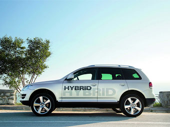 Volkswagen Touareg Hybrid Вид сбоку