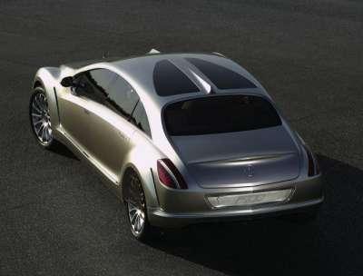 Mercedes F700 Back