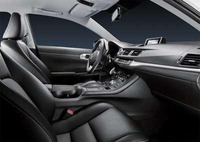 Lexus CT 200h Интерьер