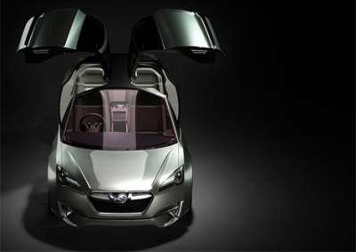Subaru Hybrid Tourer Вид спереди